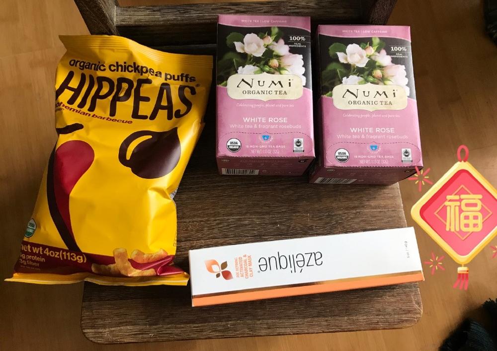 鹰嘴豆泡芙Hippeas/Azelique, 回春活性炭和粘土面膜/Numi白玫瑰白茶